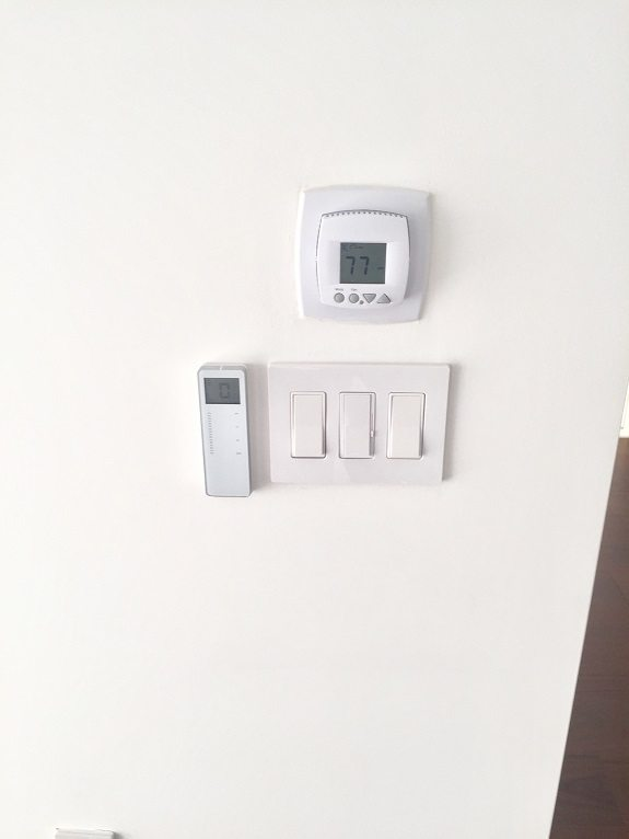 Rollease Remote Wall Mount