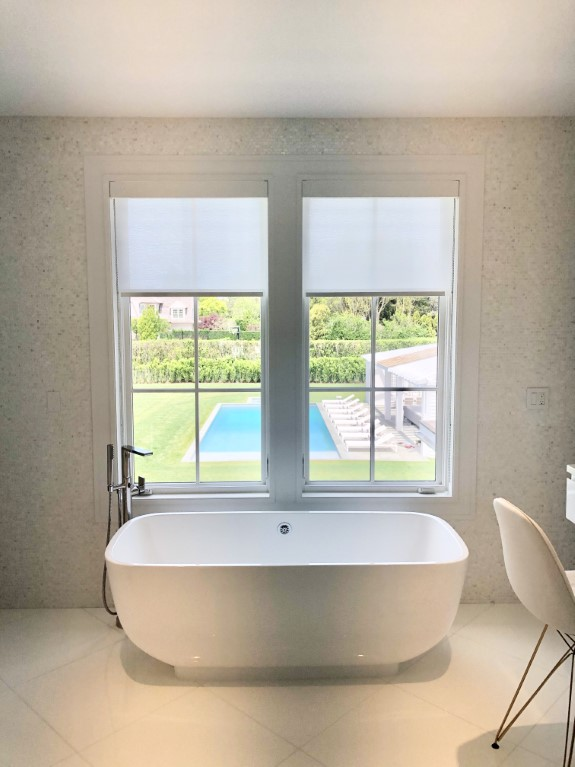 bathroom window covering example